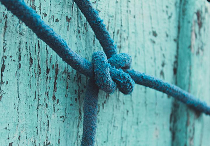 Photo d'un noeud de corde - Métier en tension